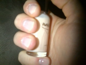 This peachy nude polish is always a perfect professional choice.