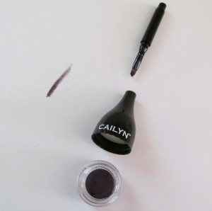 Cailyn Line Fix Gel Eyeliner in Purple